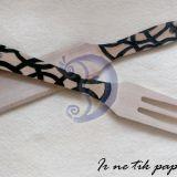 Medinė mentelė ir šakutė