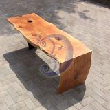 Stalas iš kedro medžio