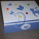 Medinė dėžutė žaislams