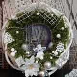 Kalėdinis durų vainikas