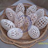 Ažūriniai baltojo molio kiaušiniai