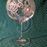 Graviruotos taurės
