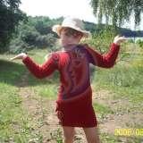 Megzta vaikiska suknute su gelemis