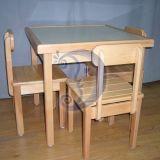 Stalas su kėdem