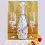 Vestuvines taures jauniesiems, dekoruoti