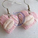 Rožiniai auskarai saldainiukai